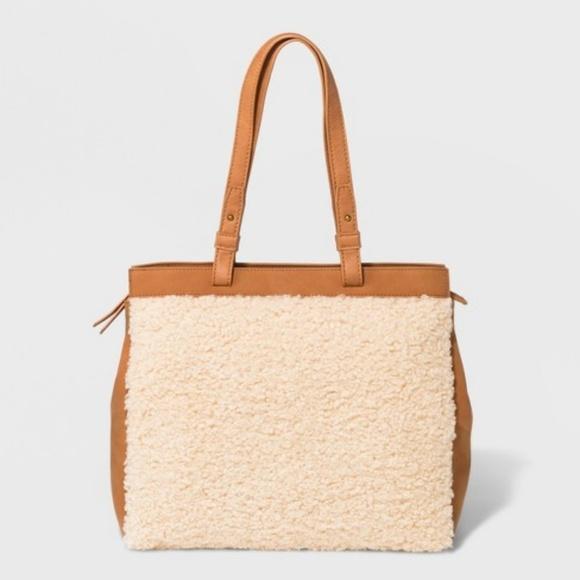 11df4788f7ff6 Universal Thread Boxy Sherpa Tote Handbag